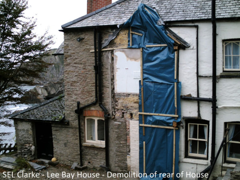 house-in-lee-bay3