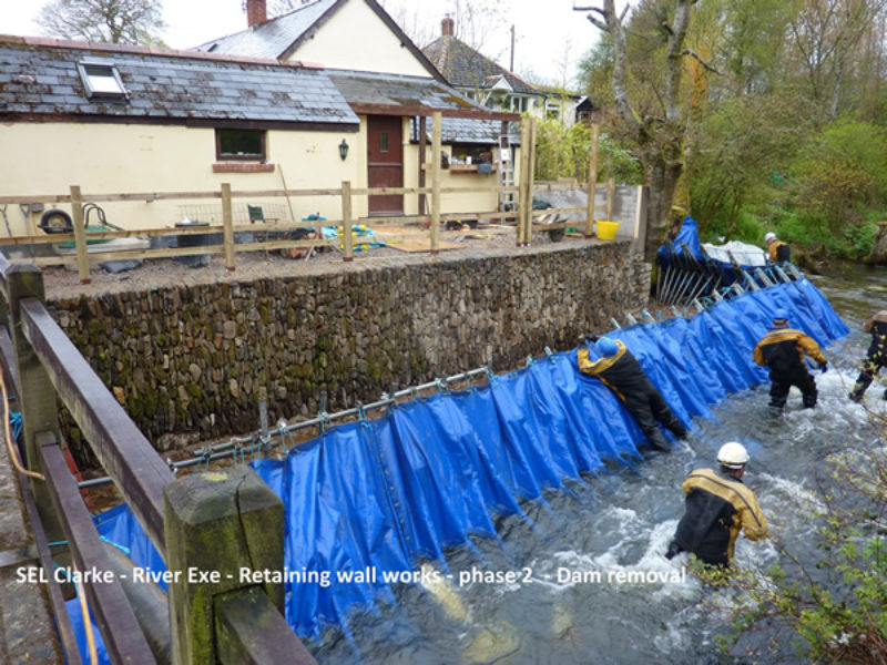 river-exe-retaining-wall4